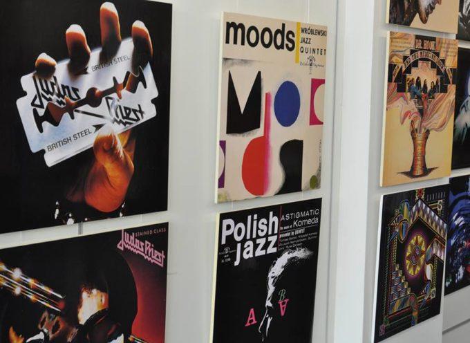 Plakaty Szaybo w n-klubie