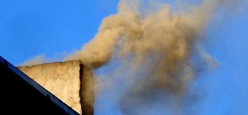 """Zmniejszy się liczba """"dymiących"""" kominów?"""
