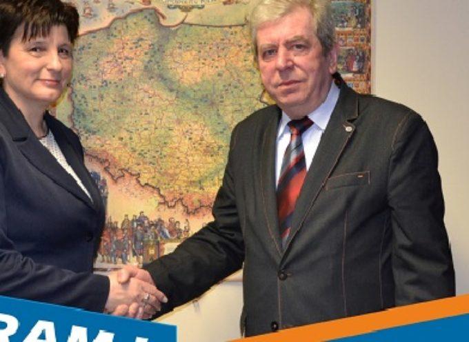 Szwedziak popiera Budzika