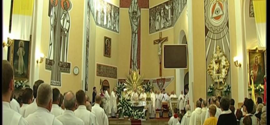 Kościół św. Antoniego w Ostrowie Wlkp. – Kongres Eucharystyczny