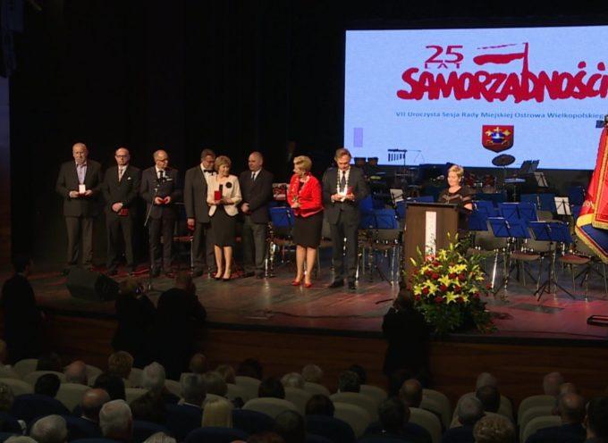 Uroczysta Sesja Rady Miejskiej Ostrowa Wielkopolskiego – RETRANSMISJA – cz.3