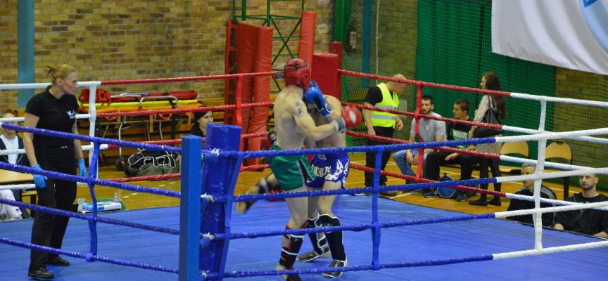 Serbro w kickboxingu Dawida Barczaka