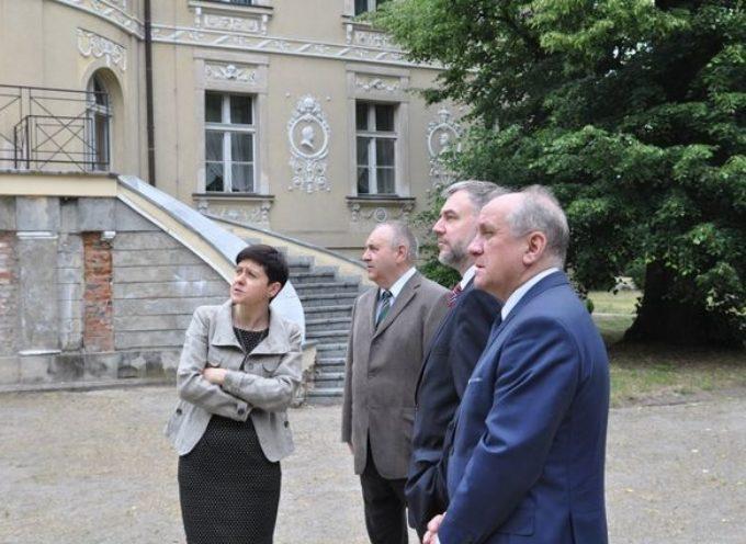 Będzie zewnętrzna kasa dla pałacu w Lewkowie?