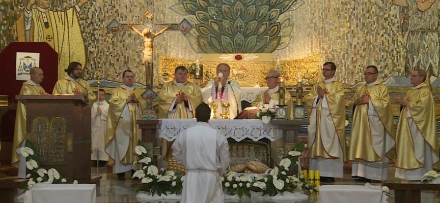 Kościół NMP Królowej Polski w Kaliszu – Kongres Eucharystyczny