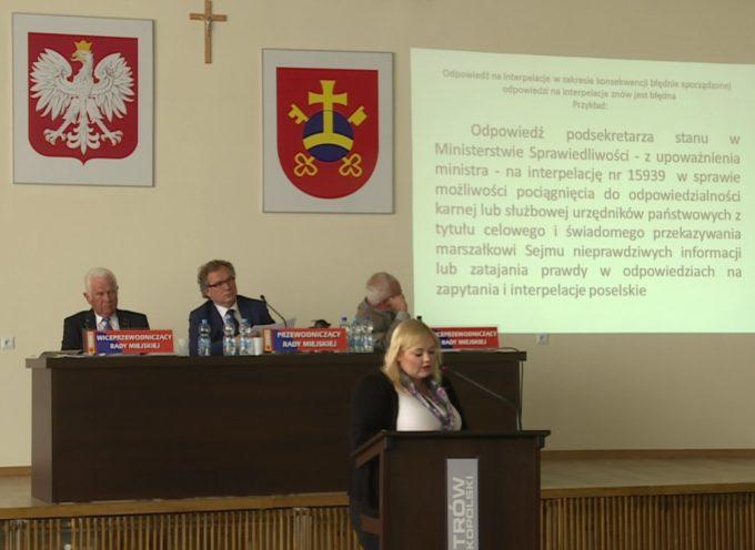 Radni koalicji szykują sidła na radnych Nowaka i Kajewską