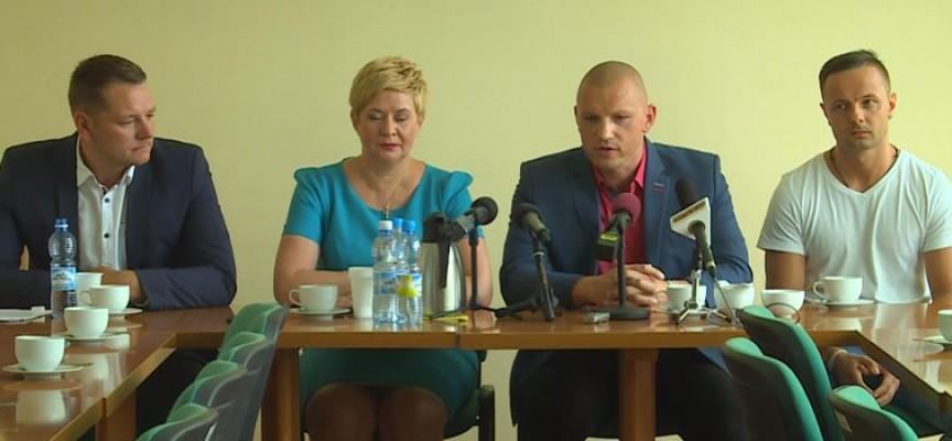 Konferencja w UM po przyznaniu spółce BM Slam Stal SA licencji na grę w ekstraklasie