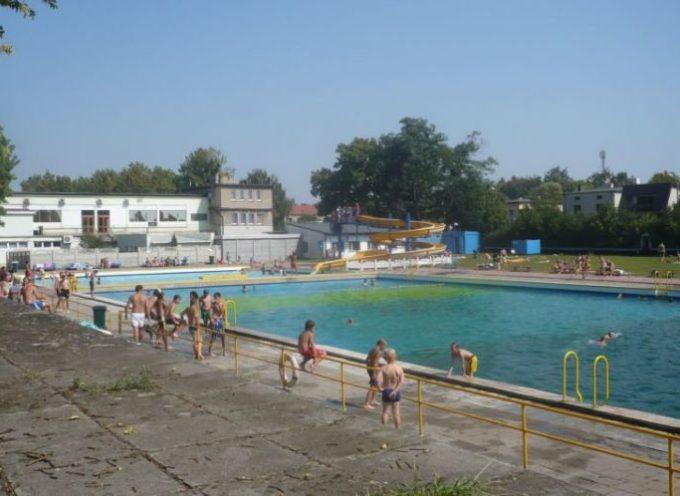 Nowoczesna pisze do Beaty Klimek – chce rzetelnej informacji o basenie