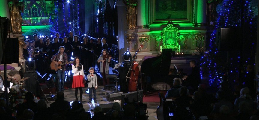 """Koncert kolęd pn.""""Kolęd Pełni""""w Kościele OO. Franciszkanów w Kaliszu – RETRANSMISJA"""