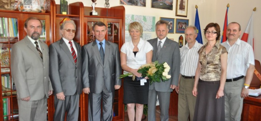 Jolanta Maćkowiak zamieni fotel dyrektora IV LO na stanowisko naczelnika?