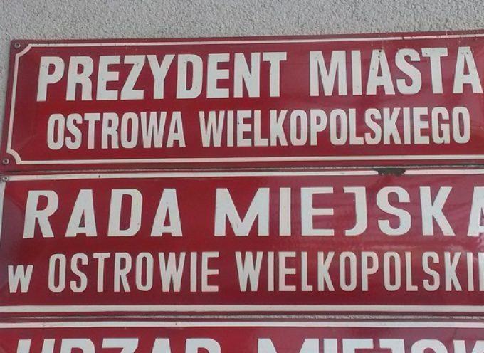 Urząd Miejski w Ostrowie Wielkopolskim i jego wydatki w październiku