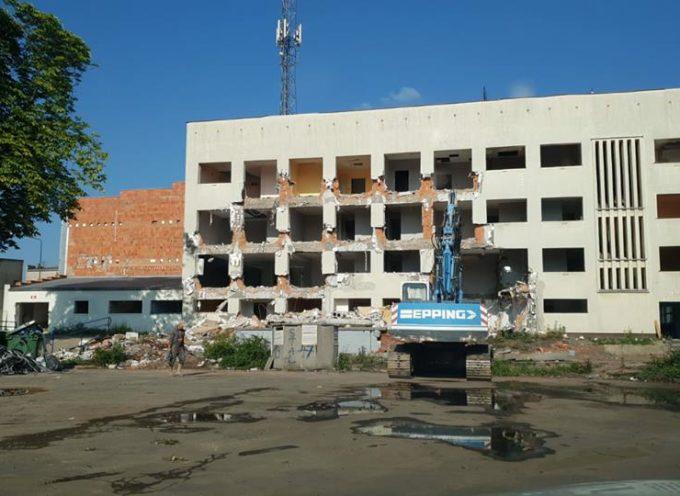 Znika hotel Stali przy Kusocińskiego