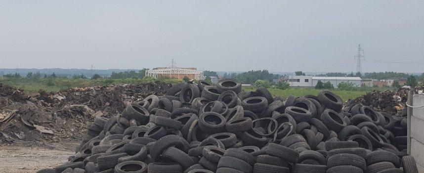 O przyczynach pożaru na ostrowskim składowisku