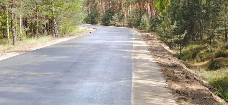Droga z Dębnicy płaska i bez dziur