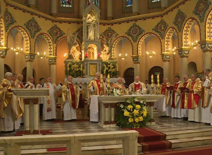 Konkatedra św. Stanisława B.M. w Ostrowie – Kongres Eucharystyczny
