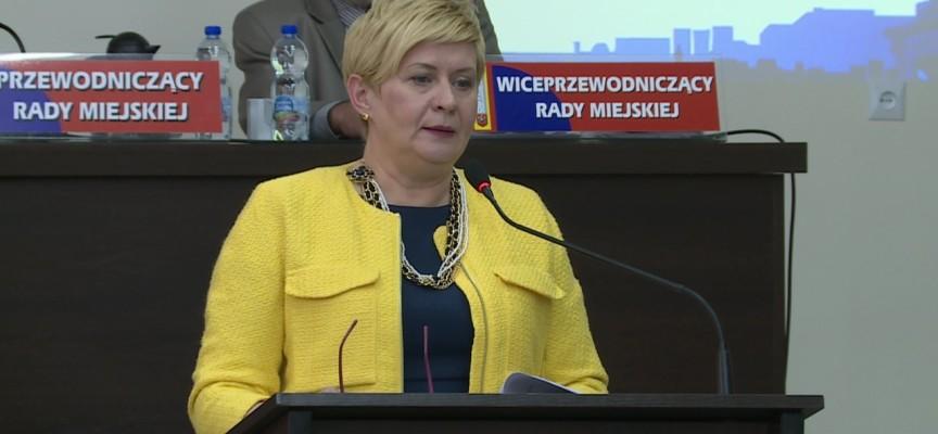 Umowy Beaty Klimek z fundacją… Beaty Klimek