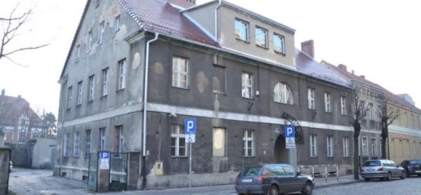 Gmina kupi budynek po MDK przy Gimnazjalnej