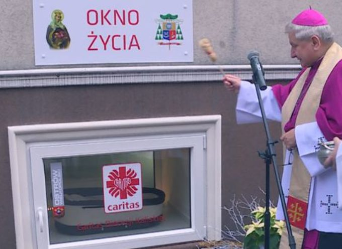 Otwarcie Okna Życia w Ostrowie Wlkp. u Sióstr Elżbietanek