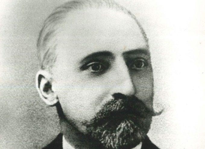 Profesor Antoni Kalina na miejskich witaczach