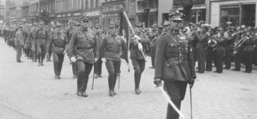 """16 lat pracy i jest monografia """"60 Pułk Piechoty Wielkopolskiej"""""""