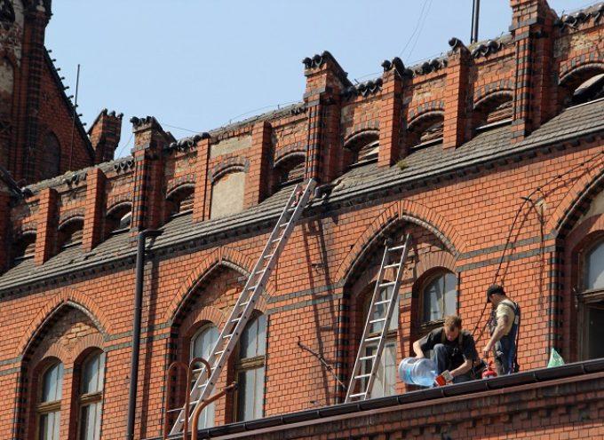 Zabytkowy dworzec i remont dachu