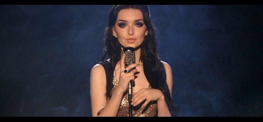 """""""Fly"""" – debiutancki singel Mai Gawłowskiej"""
