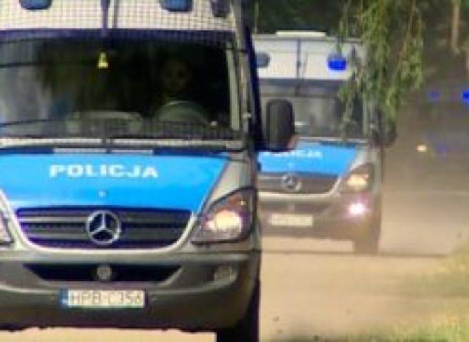 Strzelanina podczas pościgu. Jeden bandyta nie żyje, drugiego szuka 400 policjantów