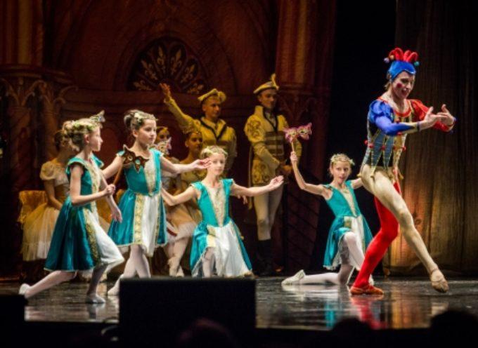 Baletnice z Gwiazdy na scenie z The Royal Moscow Ballet