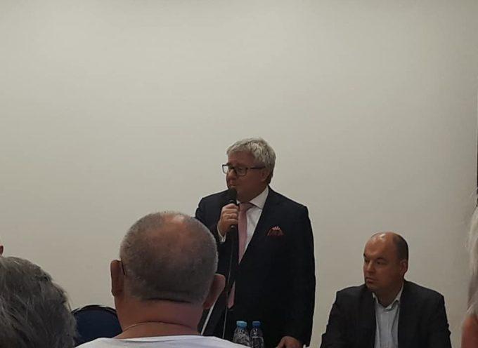 Gorące spotkanie w siedzibie PIS z europosłem Czarneckim