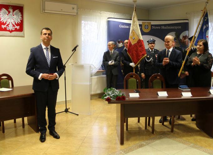 Po 26 latach zmiana w fotelu burmistrza Nowych Skalmierzycach