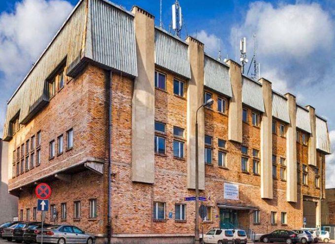 Dwa znane ostrowskie budynki na sprzedaź