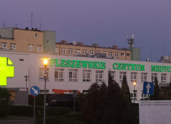 Szpital w Pleszewie stawia na ekologię i  montuje panele fotowoltaiczne